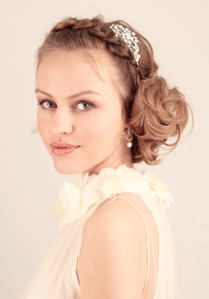 bridal hairstyle courses: bridal hair up course london makeup
