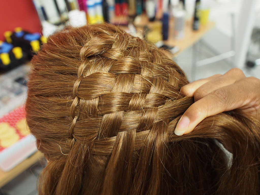 Hair Braiding Lessons: Learning How to Braid Hair Creatively